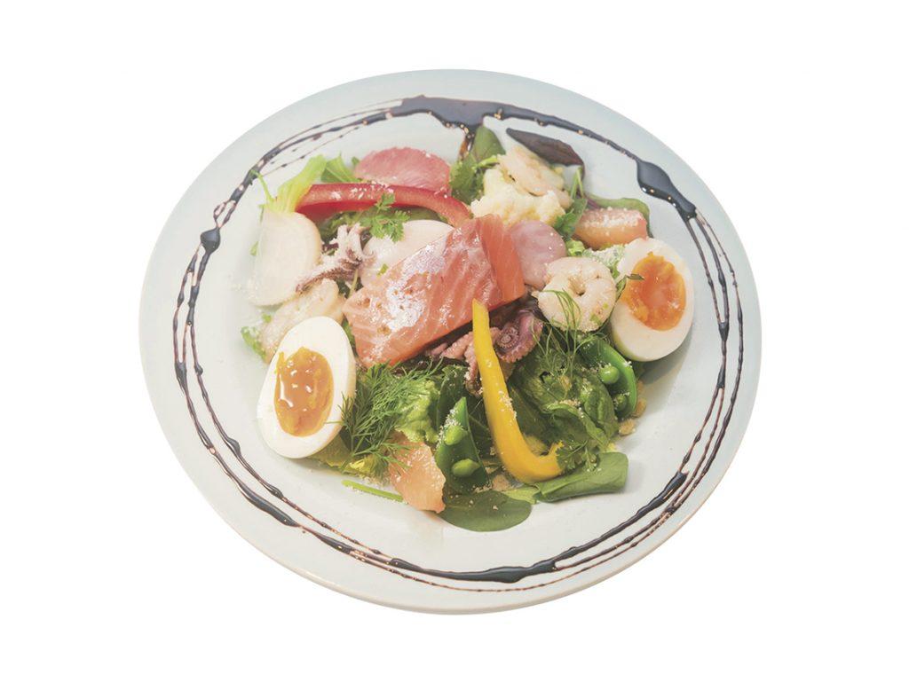 「むさしの野菜の美食家の贅沢サラダ〜魚介の料理のサラダ~」(1,550円)