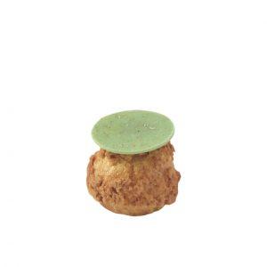 ピスタチオを使ったクリームが詰まった、ピスタチオシューパン。