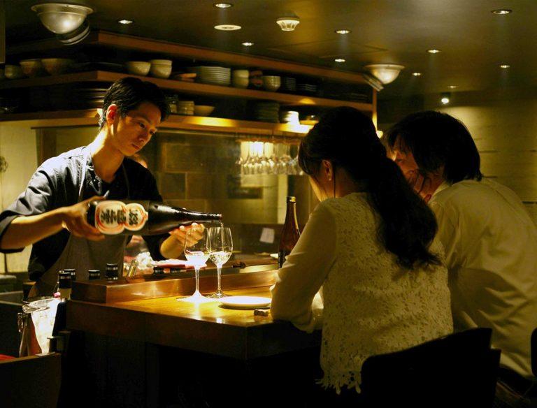 "<span class=""title"">鴨とワイン Na Camo guro</span>"
