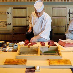 今味わいたい!名寿司職人が握るハワイの旬。