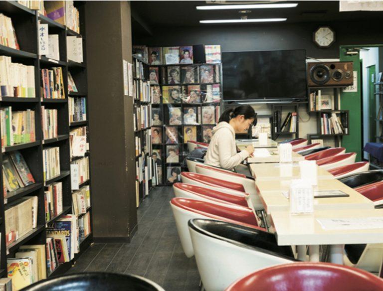 ブックカフェ二十一世紀