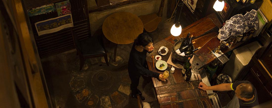 自然派ワインを堪能したら、とどめはスタイリッシュな隠れ家日本酒バーで。お洒落な西麻布の3軒はしごコース