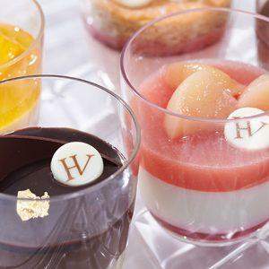 パフェもケーキも夏らしく涼しげに楽しめる!〈HUGO & VICTOR〉の期間限定ヴェリーヌ