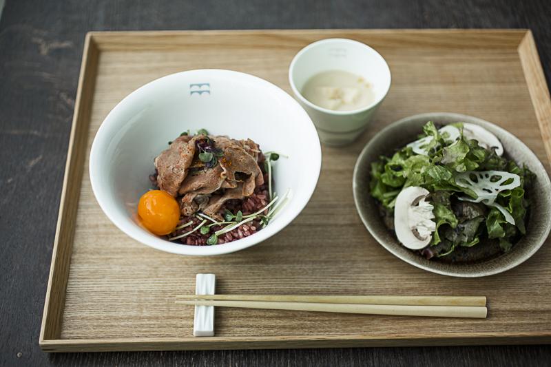 「牛丼の新しいかたち」(1,500円)