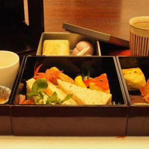 老舗和菓子店〈空也〉×〈パレスホテル東京〉のアフタヌーンティーをレポート!