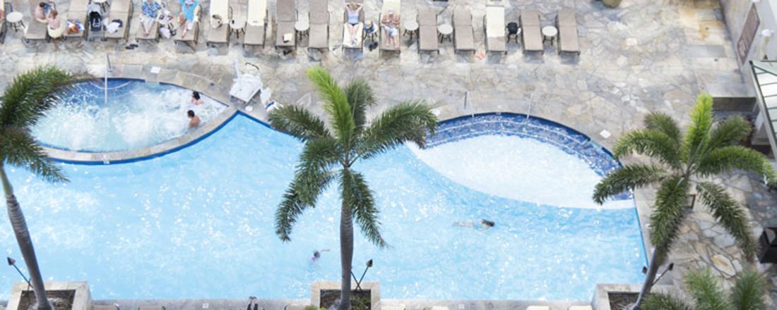 永遠のビーチリゾート・ハワイ。憧れホテルでどっぷりバカンスに浸りたい!