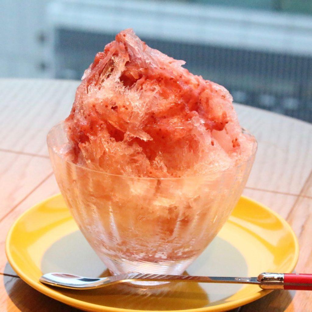 「レッドかき氷」(1,000円)(税別)