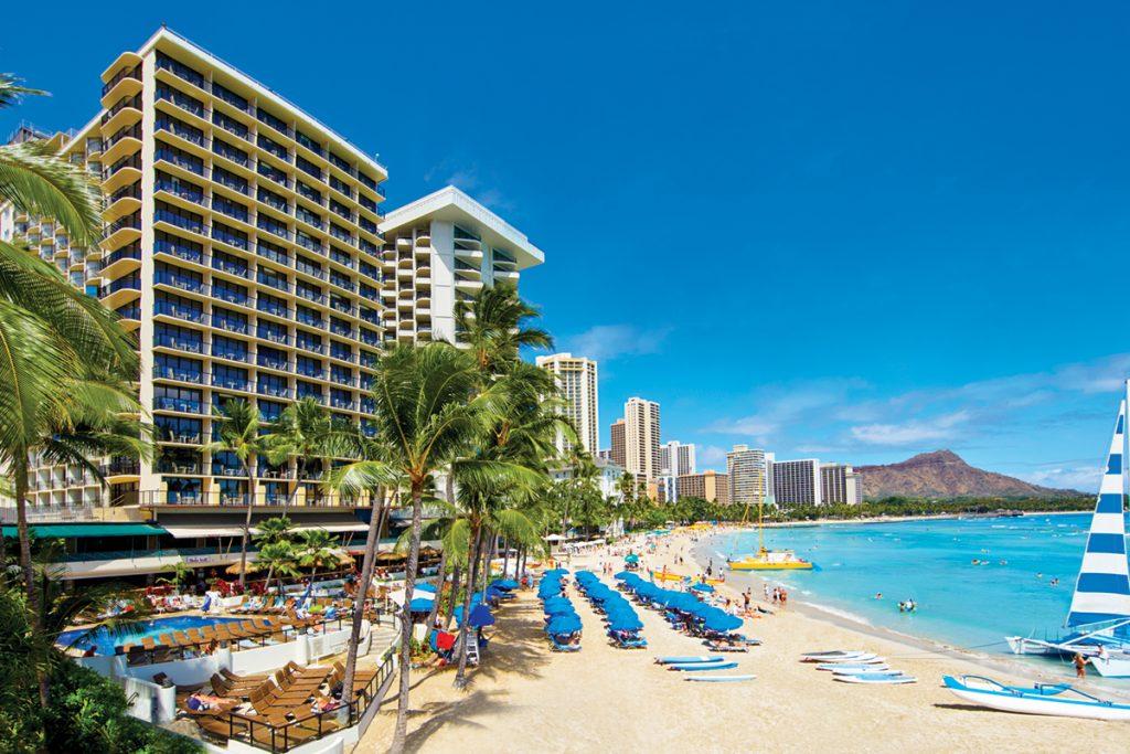 s_OWK_65614386_outrigger-waikiki-beach-resort-exterior-2