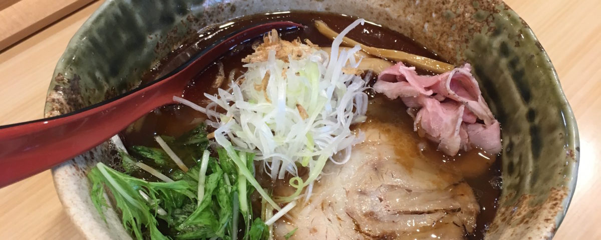 〈焼きあごだし塩らー麺 たかはし〉の銀座店がオープン!~丸眼鏡タカハシの東京ニューオープンですよ!第3回~