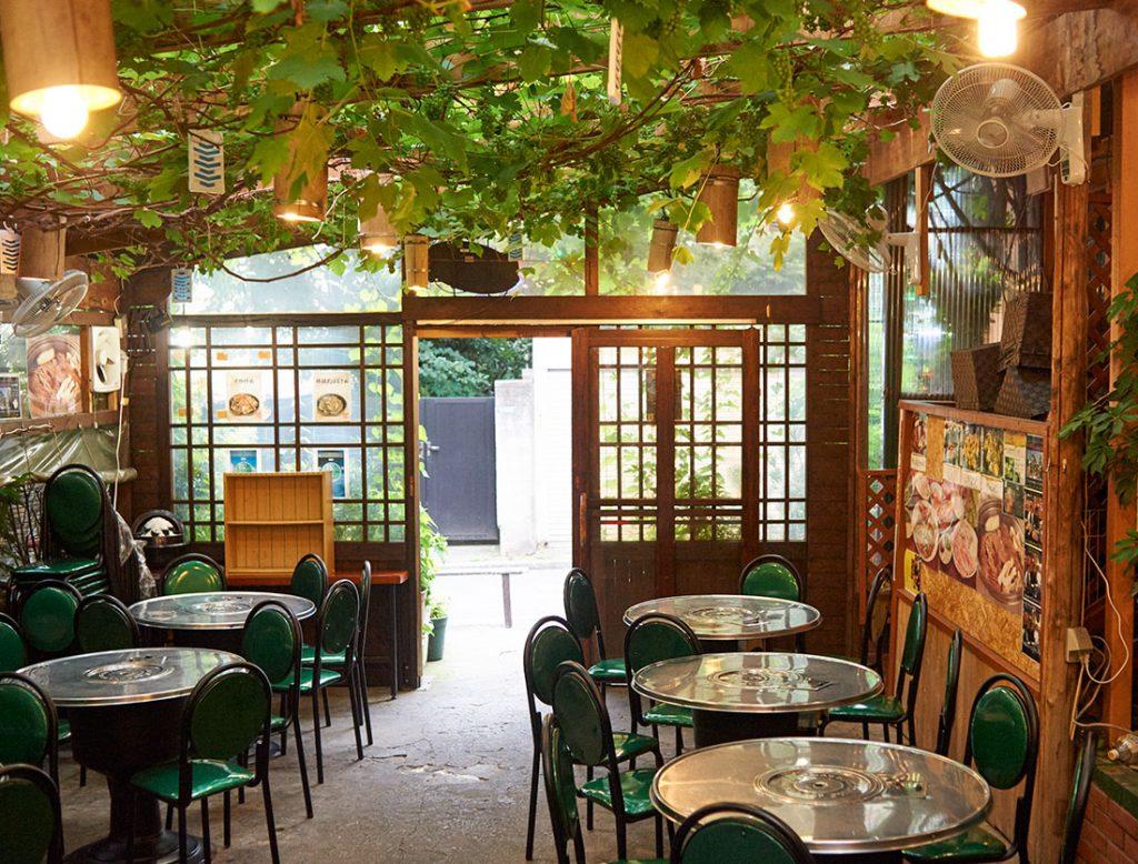 韓国の伝統鍋「カムジャタン」の名店はこちらの老舗。