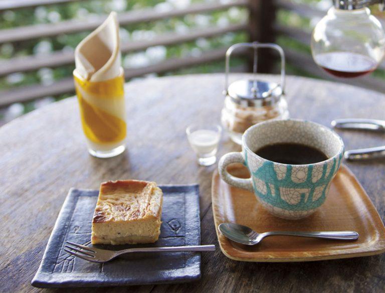 lucite CAFE&BAR