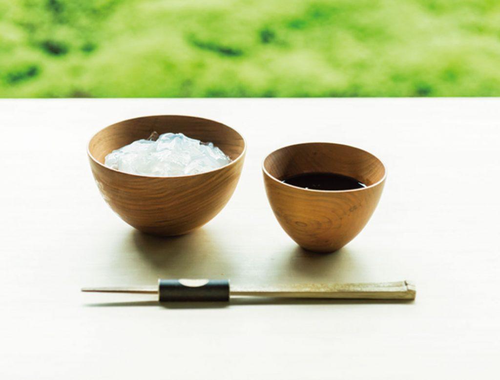 「葛切り 黒蜜」1,200円。吉野本葛使用。職人が時間をかけてゼロから作る自家製黒蜜が絶品。