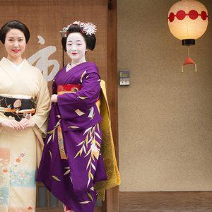 芸妓さん舞妓さんに若旦那…京都通に聞いたとっておきの美味しいお店とは?