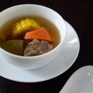 「香港家庭風壺蒸しスープ」