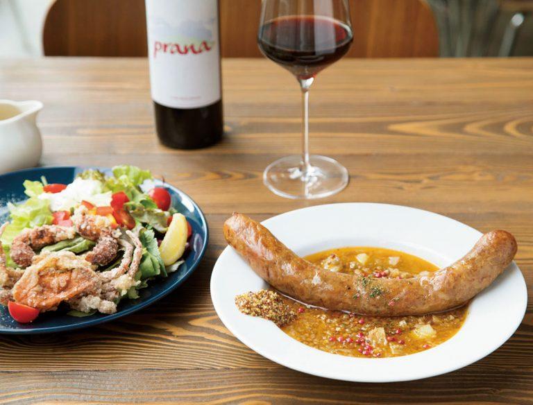 "<span class=""title"">スペイン料理と自然派ワイン LUZ </span>"