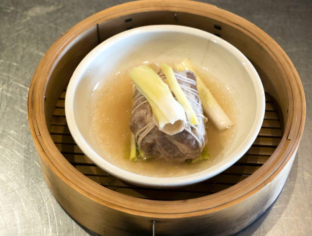 蒸し豚 豆腐ようソース