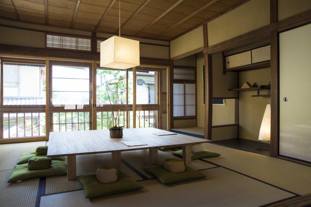 京都 AWOMB 祇園八坂