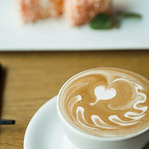 海外のコーヒーカルチャーを体感できる【自由が丘】のおすすめカフェ3軒
