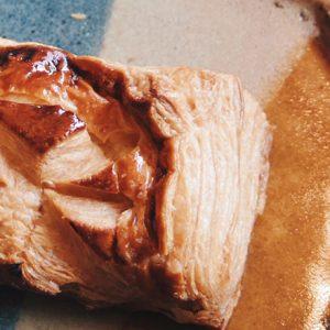 パンでもハロウィンを味わおう…〈タンブラン〉と〈SURIPU〉