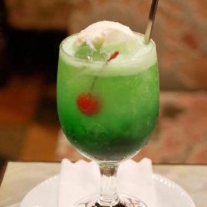 上野の〈王城〉で年末にプリンセス気分を味わう!?