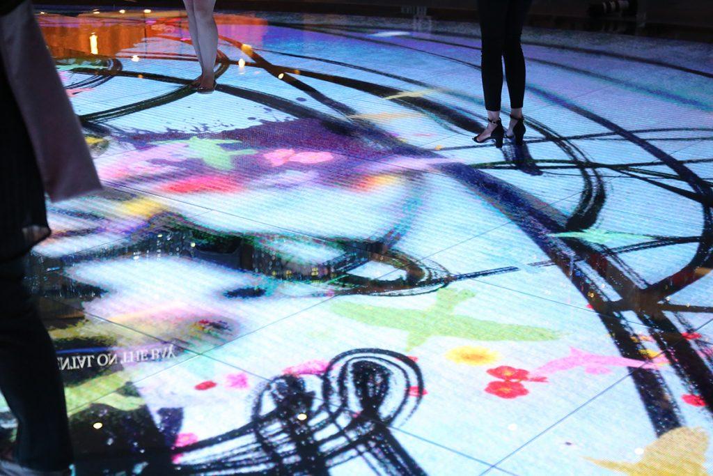 Digital Light Canvas7