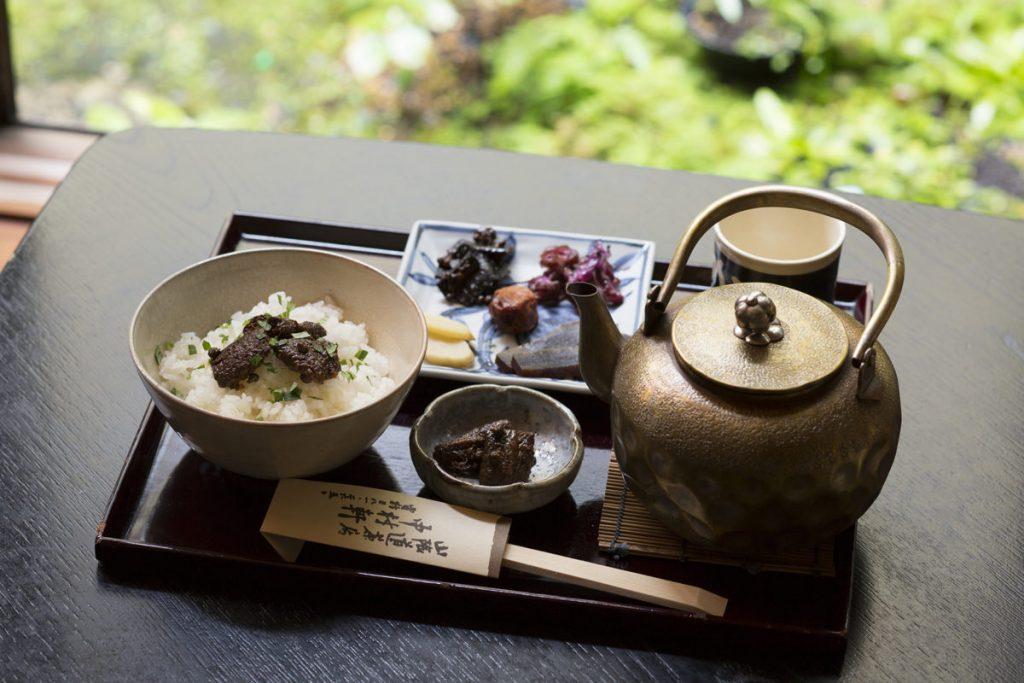 「うなぎ茶漬け」(1,400円)