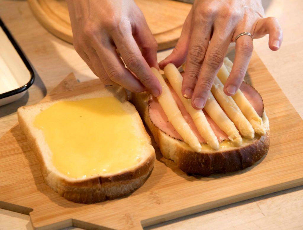 ホワイトアスパラのサンドイッチ