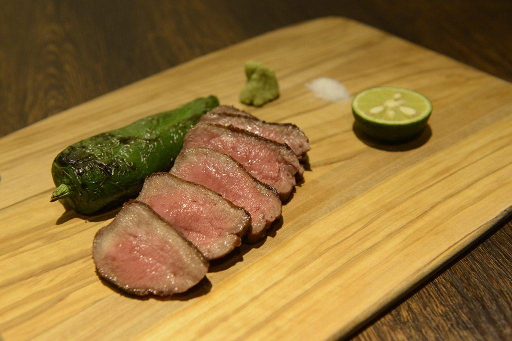米国産牛タン炭焼き特上ステーキ2,000円