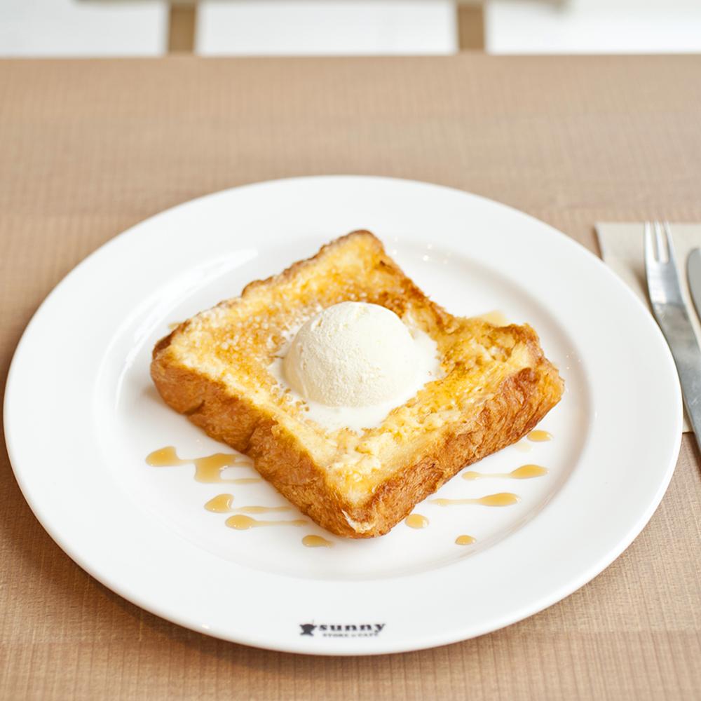 「バニラフレンチトースト」950円,アイスなし820円