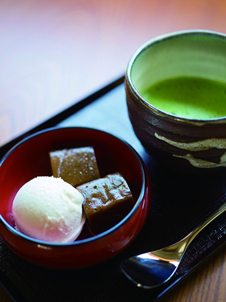 コーヒーわらび餅&バニラアイスセット600円(税込)