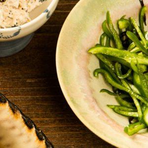 """日本酒に合う""""和""""のおつまみ。「塩昆布ピーマン」の簡単レシピ"""