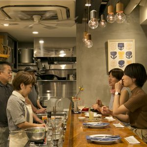 美食家の集まる街【代々木上原】ではしご酒!カジュアルに立ち寄れるカウンターバー3選