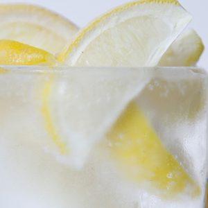 この【レモンサワー】が飲みたい!爽やかな味わいにファン急増中。注目店のレモンサワー6選
