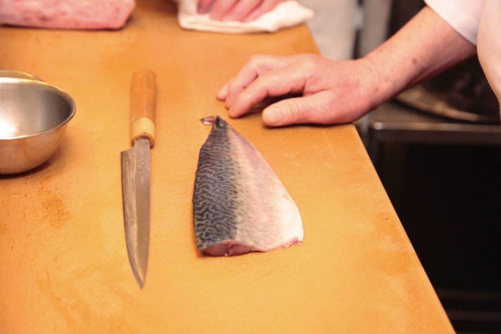 海を回遊せずに育つ「根付き鯖」が、特に絶品!