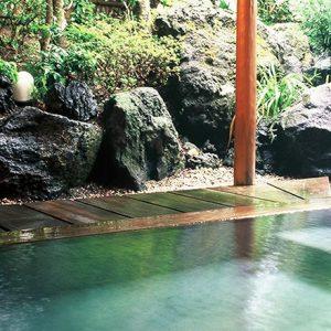 お家にいながら温泉の恵みを!宿オリジナルコスメをお目当てにしたい温泉宿2軒