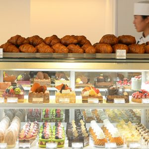 フランスで腕を磨いた名シェフによる珠玉のケーキがズラリ。吉祥寺の人気パティスリー2軒