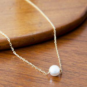 憧れブランドのパールネックレスに、ダイヤをあしらった腕時計…銀座の上質なジュエリーアイテム2選