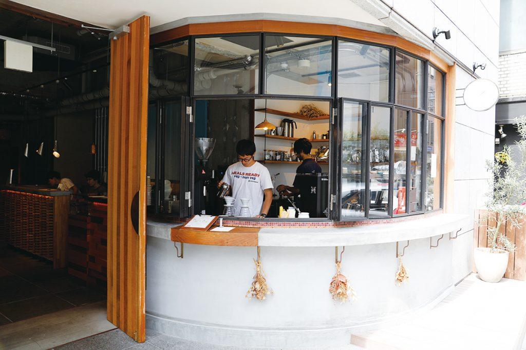日本橋 BERTH COFFEE