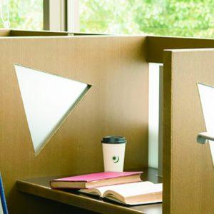 電源・無線LAN有り〈日比谷図書文化館〉の活用法&休まるご近所カフェ。
