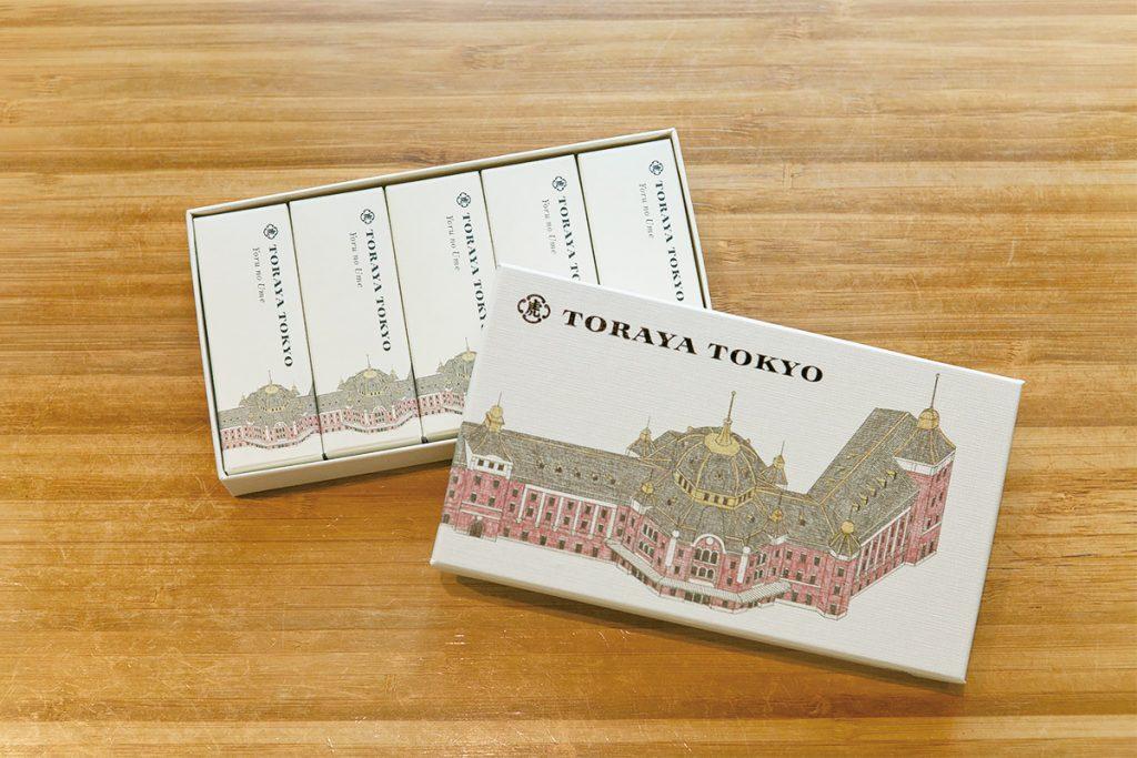 〈TORAYA TOKYO〉の「小形羊羹」