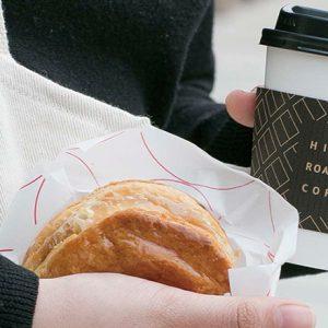 こだわりのコーヒースタンドから人気ベーカリーまで。〈東京ミッドタウン日比谷〉注目のフード&ドリンク店5軒