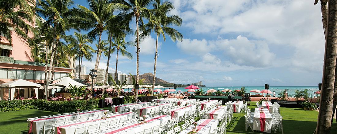 ハワイの憧れホテル〈ROYAL HAWAIIAN〉の魅惑のリゾートステイとは?