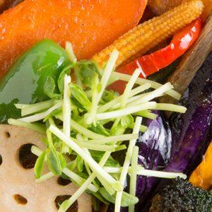 野菜×スパイス×鶏ガラコラーゲンたっぷり!おすすめの都内スープカレー店2選