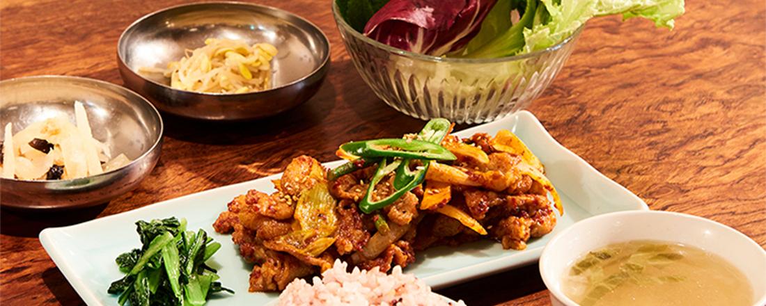 テジプルコギやボルシチも定食スタイル!東京都内にいながら、海外旅行気分が味わえるおしゃれ食堂。