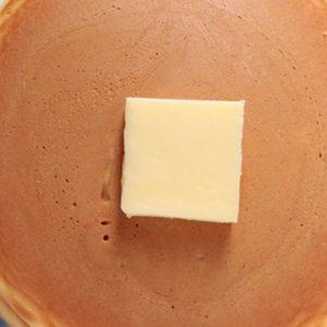 ホットケーキ派にオススメ。シンプルなふんわり生地の「ホットケーキ」が食べられるカフェ2選
