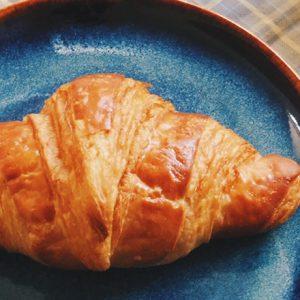 待ち合わせは水色のパン屋で。〈SHIBUichi BAKERY〉と〈Comète〉