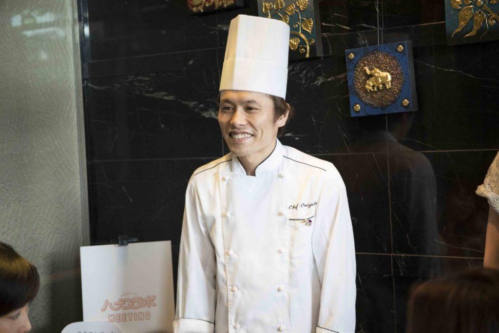 鬼塚博之シェフ/数々のレストランで経験を積み、〈プーケットオリエンタル〉のシェフに。日本人の舌に合うタイ料理を提供。