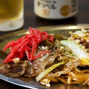焼きそば、お好み焼き、たこ焼き…。ソースが決め手の絶品グルメを食べるならココ!東京の美味しい3軒