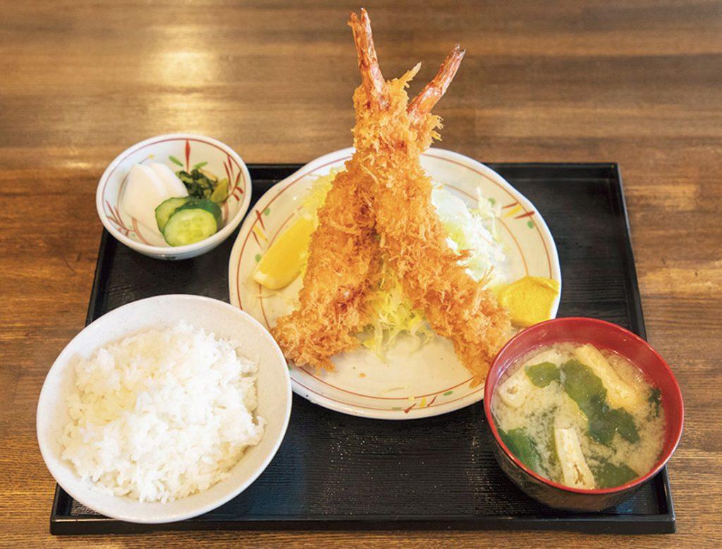 先代からの人気は「エビフライ定食」1,030円