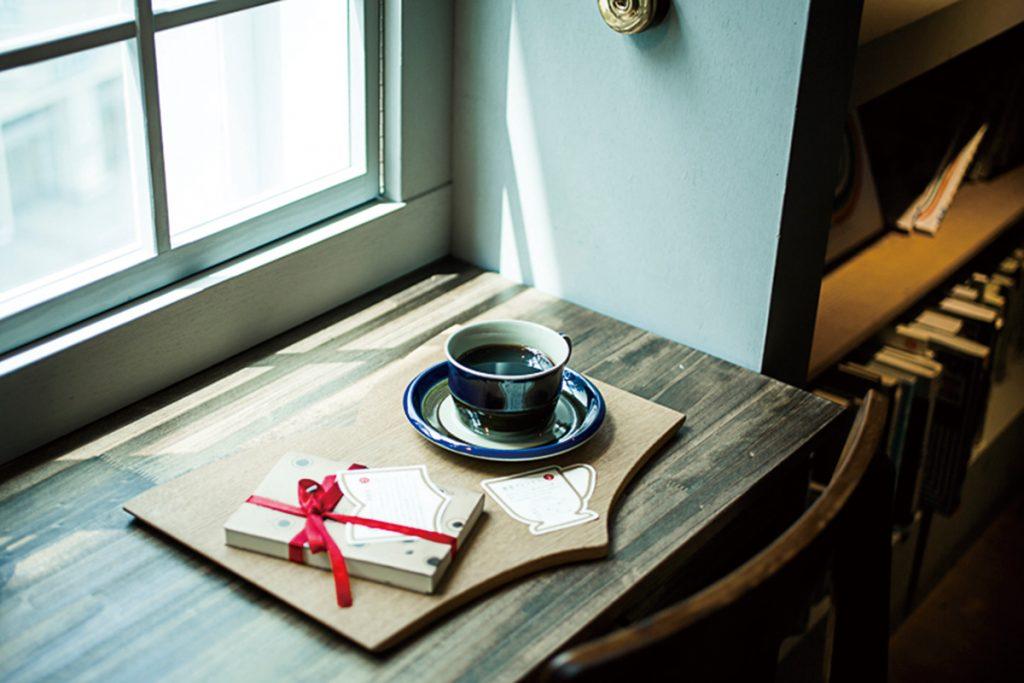 池袋 本と珈琲 梟書茶房